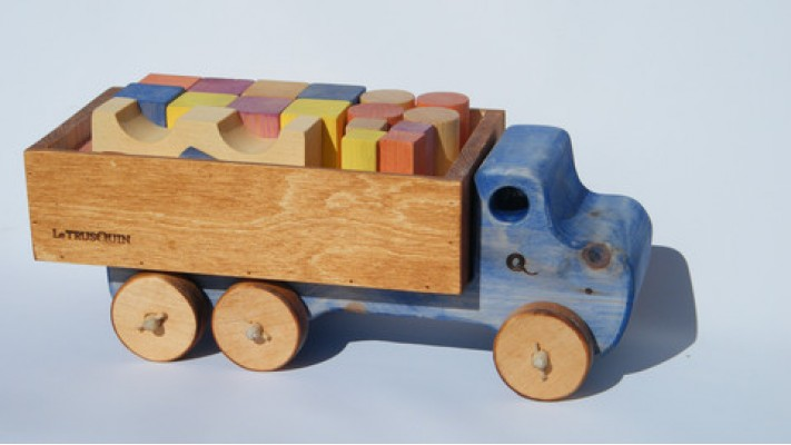 Truck with wooden blocks